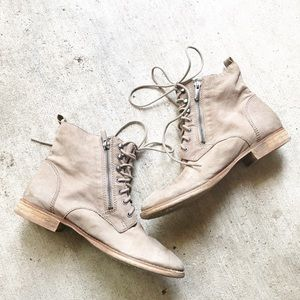 •Sam Edelman• Petty Ankle Boots